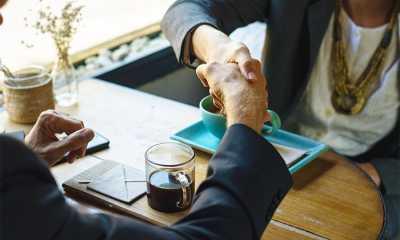 lavoro offerte 16 tavolo stretta mani uomo donna